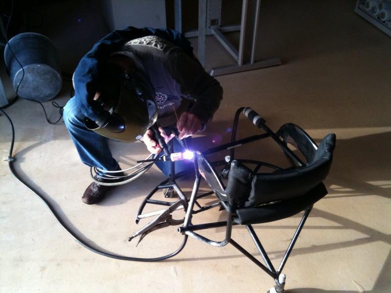 Réparation de structure de fauteuil roulant